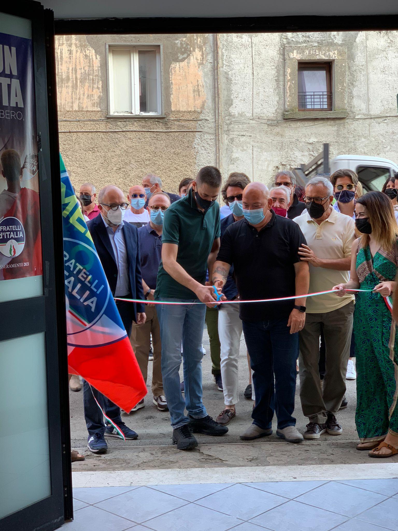 APRE IL CIRCOLO DI FRATELLI D'ITALIA A GROTTE SANTO STEFANO